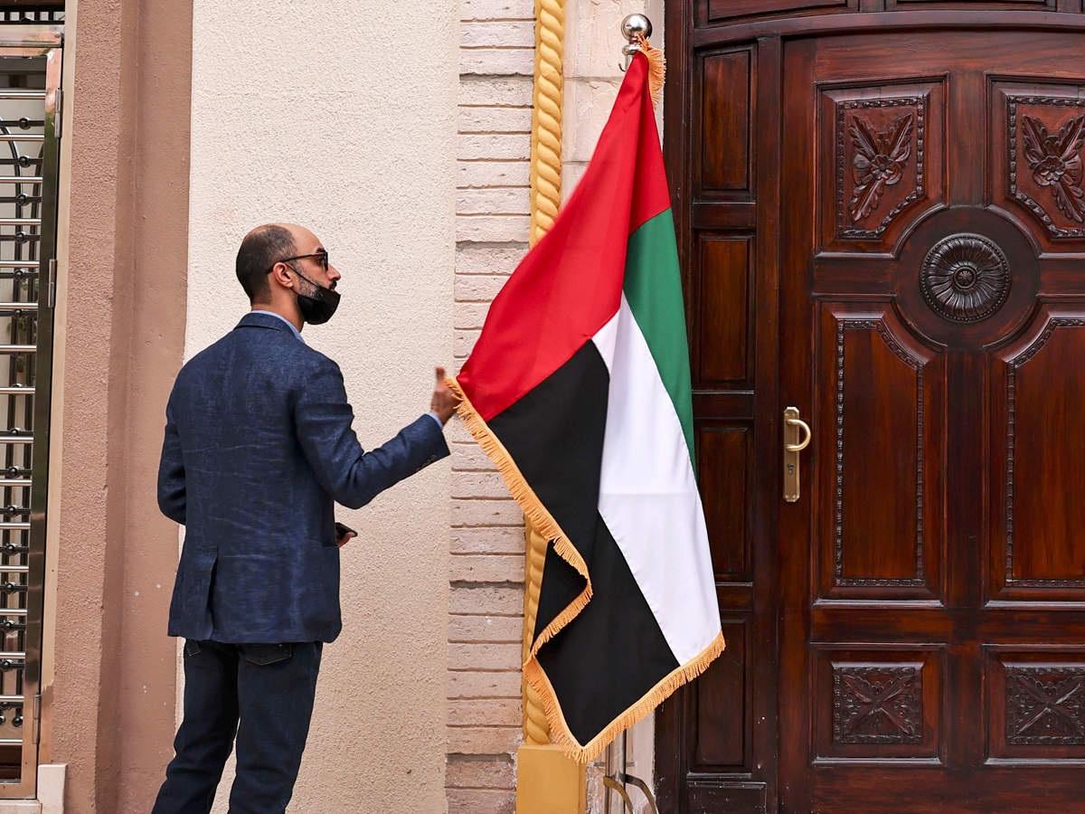 UAE ने पाकिस्तान समेत 13 देशों के लिए नए वीजा पर लगाई रोक