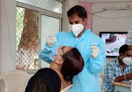 UP: कोरोना से 15 और मरीजों की मौत, संक्रमण के 482 नए मामले