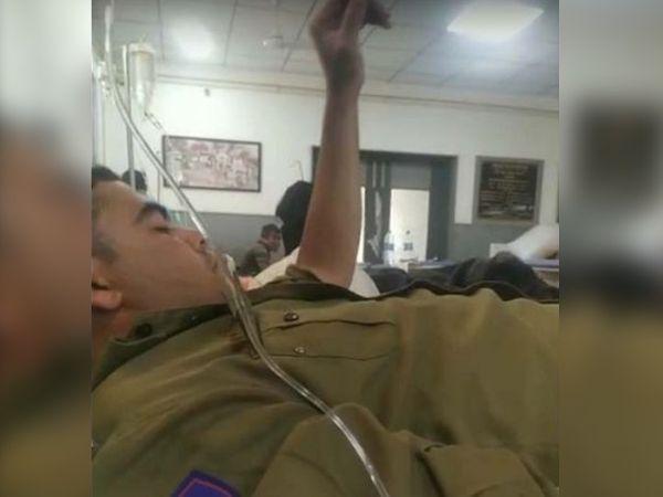 राजस्थान/जोधपुर: तस्करों का पीछा कर रही पुलिस पर फायरिंग, कांस्टेबल के पैर में लगी गोली