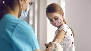 ब्रिटेन: जल्द शुरू होगा 16 से 17 साल के बच्चों का वैक्सीनेशन, संयुक्त समिति का हैं इंतजार