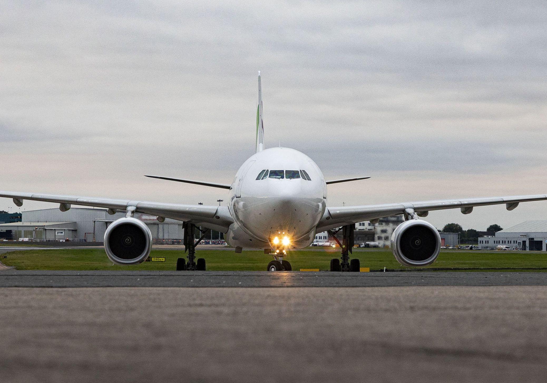 भारत-कनाडा यात्रियों के लिए आज से शुरू हो रही डायरेक्ट फ्लाइट्स